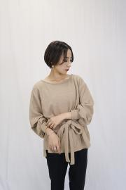 Boat neck knit tops