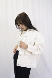 <SALE>WHITE DENIM JACKET