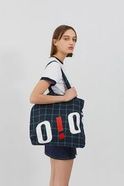 【oioi】BIG LOGO ECO BAG CHECK