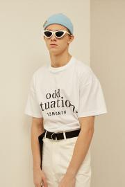 <SALE>【13 MONTH】ODD PRINTING T-SHIRT