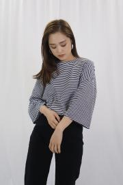 Side Slit Border Tee