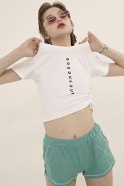 【ODD ONE OUT】LOGO STRING CROP